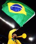 [组图]联合会杯:巴西战南非 球迷现场搞怪